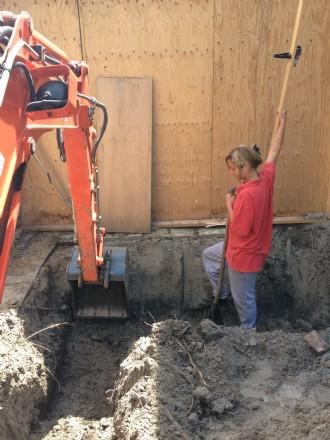 Fundering uitgraven voor een garage in Bolsward